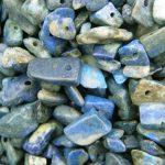 Dobcsiszolt ásvány splitter , lapis lazuli